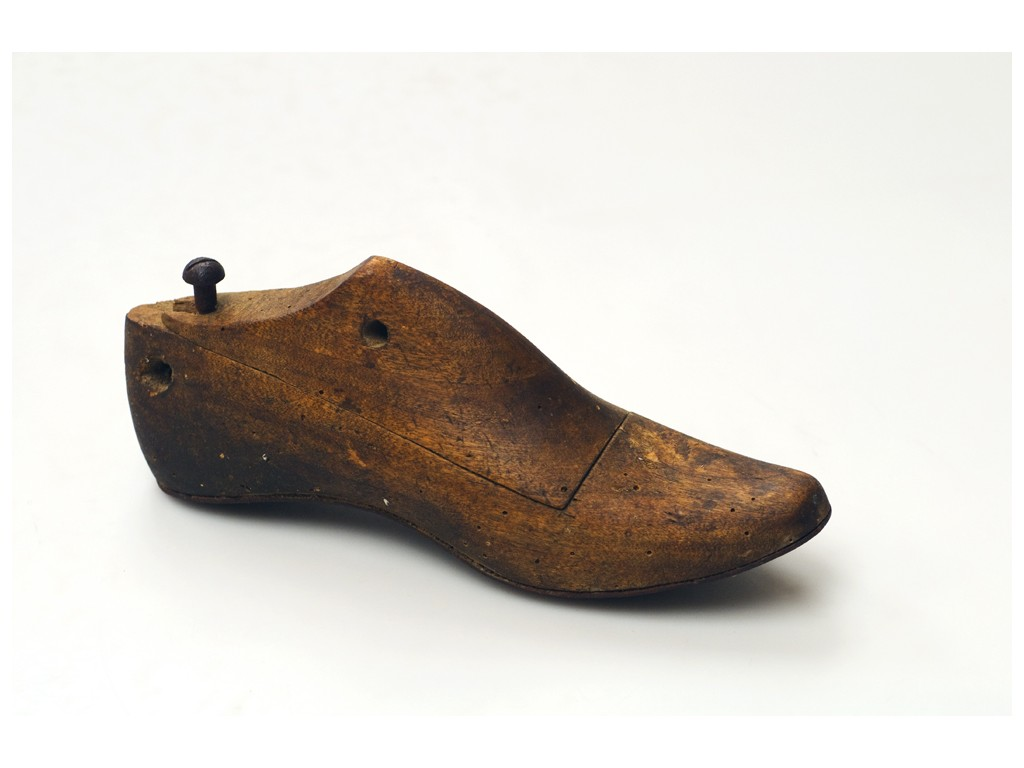 embauchoir chaussure pour une forme toujours parfaite. Black Bedroom Furniture Sets. Home Design Ideas